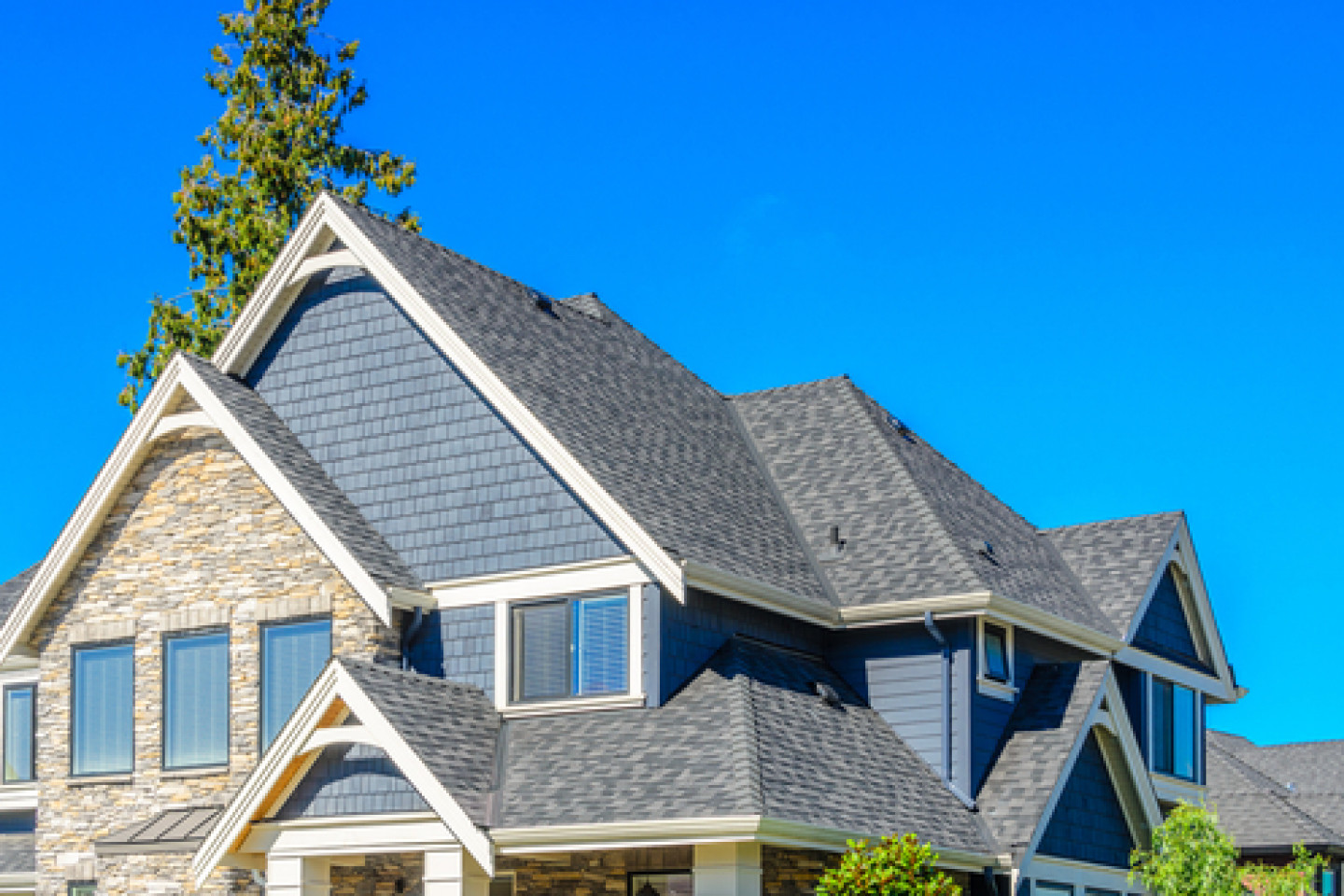 Does Your Home in Northeast Ohio Need a Roof Replacement?